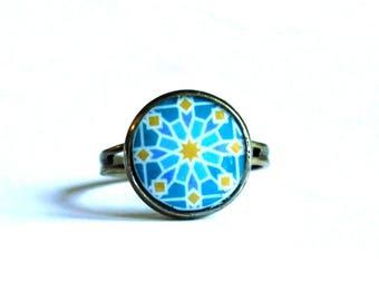 Bague Geometrie orientale en bleu et jaune, anneau bronze vintage pour femmes