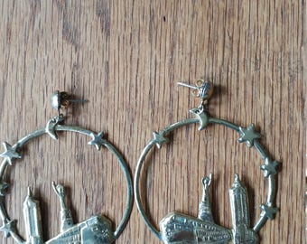 1970s hoop earrings New york CITY sKYLINE statue of liberty empire state building nyc