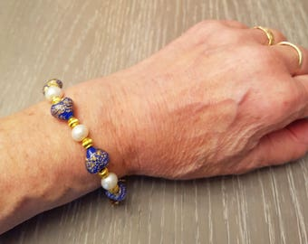 Murano glass beads bracelet, opaque lapis hearts with gold foil, 12mm, and white freshwater pearls.
