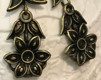 Bronze Flower Earrings - Vintage