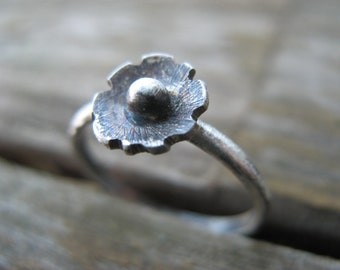 little rustic dahlia ring - sterling silver - size 6.5