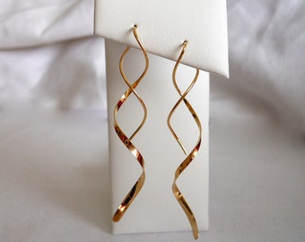 Spiral Earring Medium Length 14k gold filled