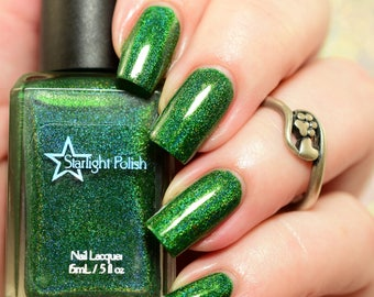 Evergreen Green Holographic Winter Holodays Warm Holo Indie Nail Lacquer Starlight Polish