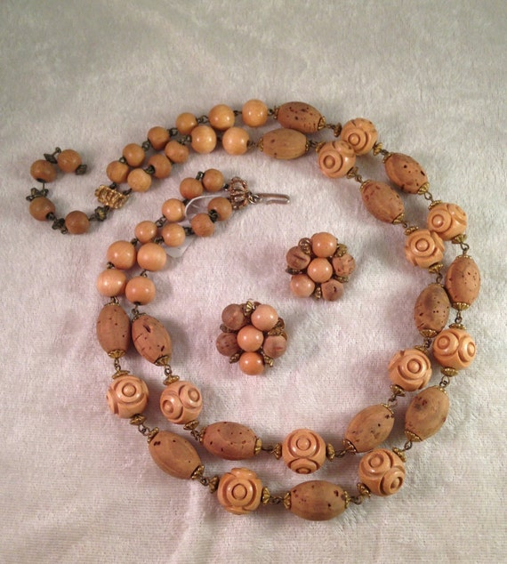 Cork Beads: Vintage Hobé Demi Parure Of Cork / Wooden /Lucite Beads With