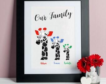 Personalised Family Giraffe Print - Giraffe Art - Wall Decor - Family Giraffe Print - Gifts for Families