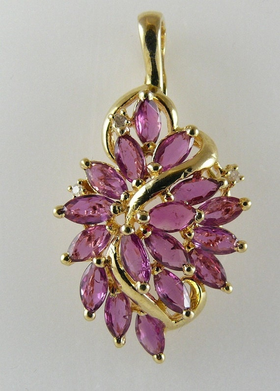 Ruby 2.0ct Pendant 14k Yellow Gold and Diamonds 0.01ct