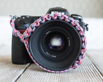 Paracord Camera Wrist Strap (pink/blue)