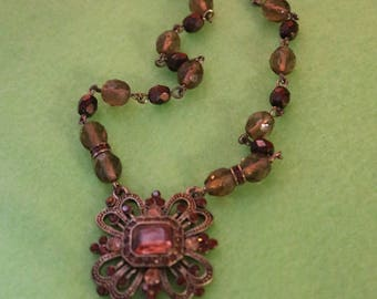 Avon Amber GLass & Iridescent Bead Necklace