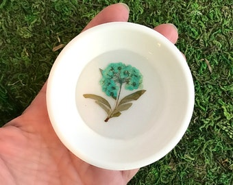 Blue Flower Ring Dish, pressed flower dish, real flower dish, ring holder, jewelry tray, trinket dish, bridesmaid gift, spring wedding gift