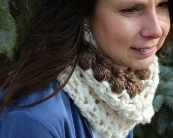 Emma Cowl | Crochet Pattern | V-Stitch Cowl Crochet Pattern | Crochet Cowl Pattern | Crochet Cowl Pattern for Teens/Adults | PDF Pattern