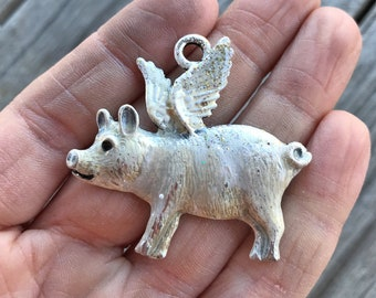 Cream Flying Pig Pendant, When Pigs Fly Pendant, Flying Pig Pendant, Pig with Wings Pendant, White Pig Pendant, Dry Gulch, Princess Pigeen