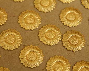 10 pc. Raw Brass Sunflowers: 19 mm - made in USA | RB-317