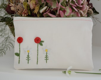 Hand embroidered zipper pouch - Floral cosmetic bag - Roses and Daisies zipper pouch - Hand sewn canvas - Gift for her