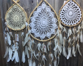 Wholesale lot wedding ,baby shower ,home decor   3 x dreamtribe catchers