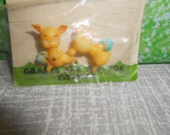 Two  Miniatures Little Piggys-Old Store Stock-