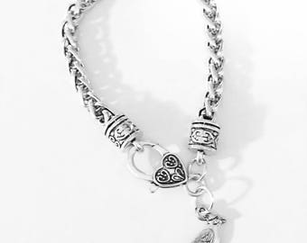 Gift For Her, Cardinal Charm Bracelet, Bird Bracelet, Animal Bracelet Lover Gift, Christmas Gift Bracelet