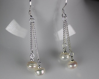 """Earrings """"2 Freshwater Pearl suspended on 925 sterling silver chains"""""""