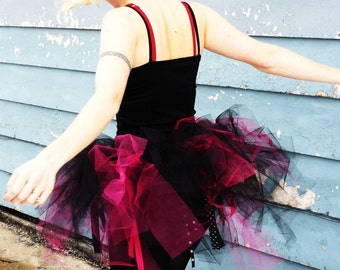 The original Trashy Tutu - SEWN - with tulle and netting - Black and Fuchsia - For parties, costume, housework