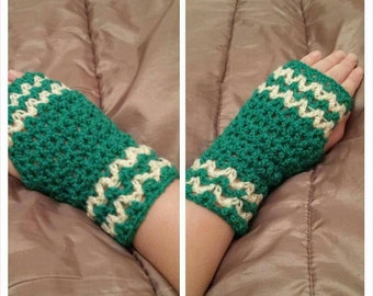 Crochet Wristwarmers / gloves wool yarn handmade gift winter
