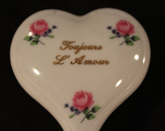 Toujours L' Amour - Lefton Heart Shaped Trinket Box - White China with Hand Painted Roses and Forget-me-Nots, Marked 2389 (H061