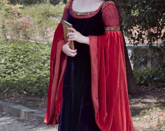 Arwen's red and blue dress