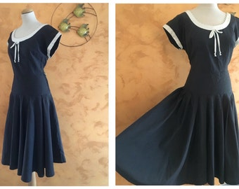 Vintage 1950s Dark Gray New Look Plus Size Dress - size L/XL
