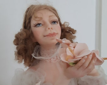 Caractéristique de la poupée art doll poupée autoriale intérieur Doll «Valse des fleurs»