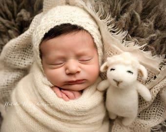 Pure alpaca bonnet-newborn classic knit bonnet in alpaca-newborn photography props