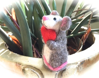Needle felted mouse with red heart felting animals needle felted animal felting mouse figurine mice figurines cute felt wool white grey love