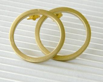 Valentines gift, Gold hoop earrings, gold minimal earring studs, circle studs, minimal gold studs, geometric earrings, hoop post earrings.