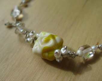 Insouciant Studios Dainty Bracelet Vintage Glass and Pearl