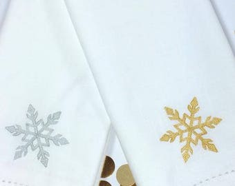 Christmas Snowflake Cloth Napkins, christmas napkins, christmas cloth napkins, snowflake napkins, snowflake cloth napkins