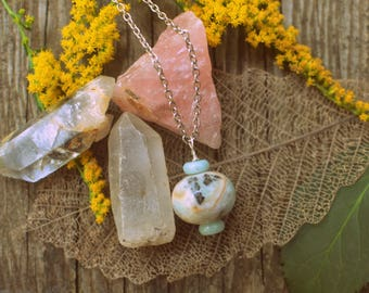 Agate Pendant necklace for Harmony & Courage