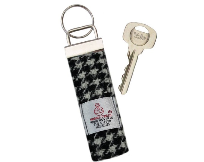 Harris Tweed Black Houndstooth Pure Wool Keyring On Chunky Metal Key Fob