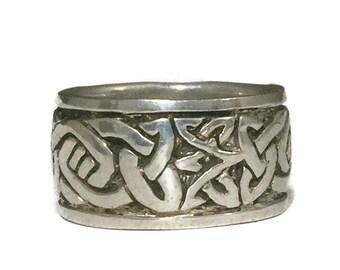 Celtic Knot Ring Size 8 Minus Celtic Knot Band Size 8 Celtic Ring Size 8 Celtic Band Size 8 Irish Ring Size 8 Thumb Ring Size 8 Vintage Ring