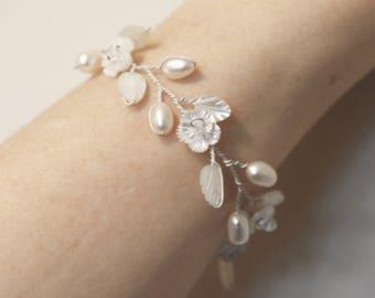 Bridal bracelet, dainty pearl bracelet, thin cuff, flower bracelet, wedding jewelry, thin bridal bracelet, bridal accessories, handmade cuff