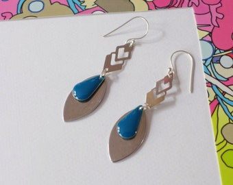 """Collection """"Arty"""" enamel and silver sequin"""