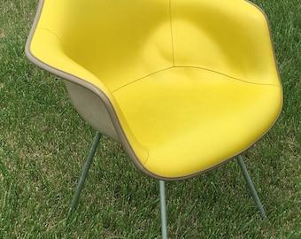Herman Miller chartreuse naugahyde eames arm chair