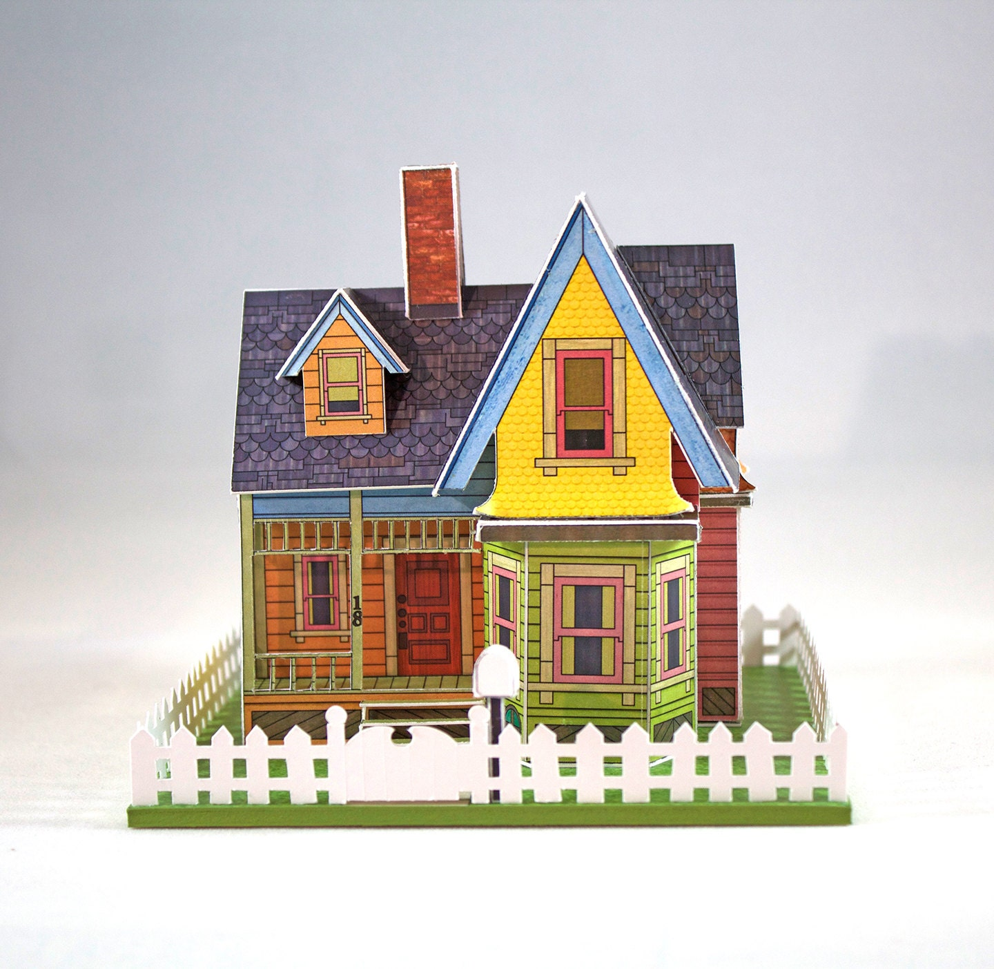 Make your own miniature house inspired by the movie