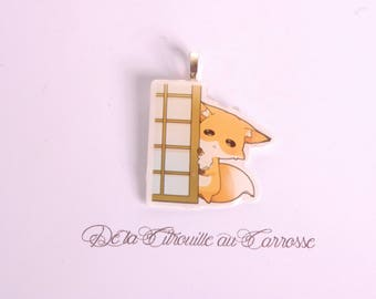 Kawaii fox hiding behind a fusuma pendant