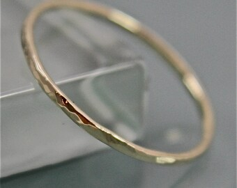 18k  SOLID Yellow Gold Thin Faceted Hammered Stacking Band Ring  Eco Friendly Recycled Gold