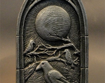Raven's Moon wall plaque by Jay Hungate