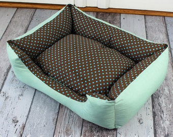 Dog bed, cat bed, turquoise, dots, mint green, dark brown, shabby chic, cottage, style, brown, polka dots, mint, dog, cat, pillow