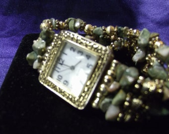 Woman's Quartz Watch with Unakite Beaded Band **Vintage** B118-1030
