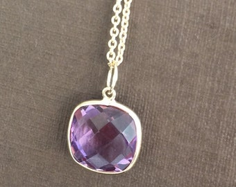 14k yellow gold and amethyst charm pendant, cushion, checkerboard cut , 10mm by 10mm