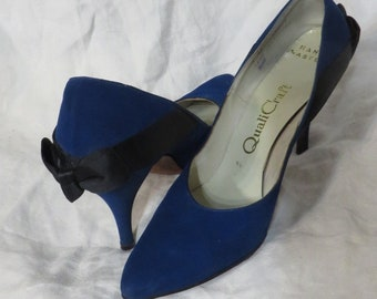 Vintage Shoes 50s  High Heels Pinup Rockabilly Vintage Size 9 Blue Suede Black Bows Pumps 1950s MCM