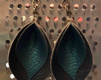 Pinched Leaf Earrings