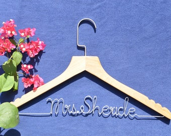 Bride shower gift, Bachelor party gift, bridesmaid robe hanger, Wedding party decoration