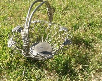 Godinger Silver Art Co Ltd GSA Wire Basket  Moveable Adjustable Handle with Grapes Leaves