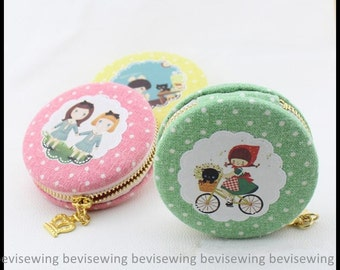 DIY Sewing Kit / Macaron Coin Purse Sewing Kit / Diameter: 75mm / in Lovely Girls Patterned Dot Linen Cotton Fabric